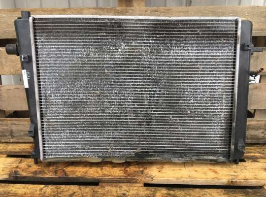 купить Радиатор основной на Hyundai Tucson (JM)