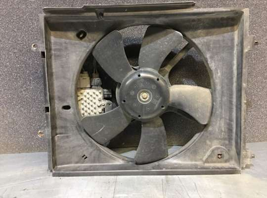 купить Диффузор (кожух) вентилятора радиатора на Mitsubishi Outlander I (CU)
