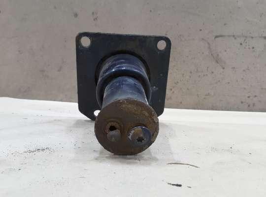 купить Кронштейн усилителя переднего бампера на Citroen C5 I