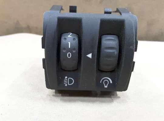 купить Кнопка управления корректором фар и подсветки приборной панели на Renault Megane II