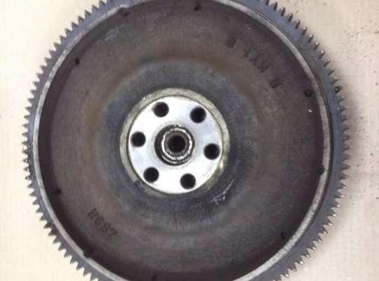 купить Корзина сцепления на Mazda 323 (BA) 323C/ 323F/ 323S/ 323P