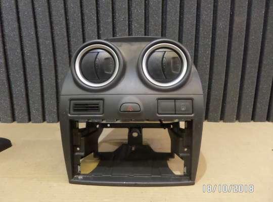 купить Рамка магнитолы на Ford Fiesta V (JH_, JD_)