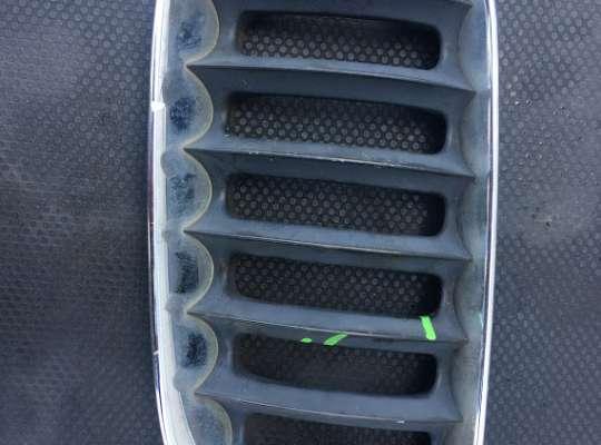 купить Решетка радиатора на BMW X3 (E83)