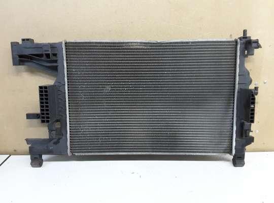 купить Радиатор основной на Opel Astra J