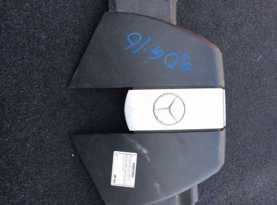 купить Крышка ДВС (декоративная) на Mercedes-Benz E (W211)