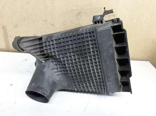 купить Корпус воздушного фильтра на Renault Megane II