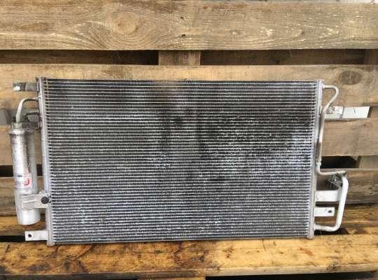 купить Радиатор кондиционера на Hyundai Tucson (JM)