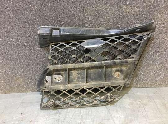 купить Решетка радиатора на Mitsubishi Outlander I (CU)