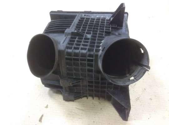 купить Корпус воздушного фильтра на Renault Laguna I