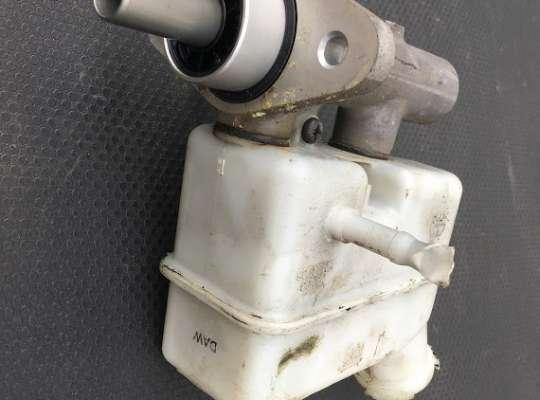 купить Главный тормозной цилиндр (ГТЦ) на Hyundai Tucson (JM)