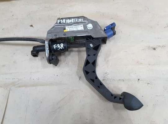 купить Педаль сцепления на Skoda Fabia II (5J)