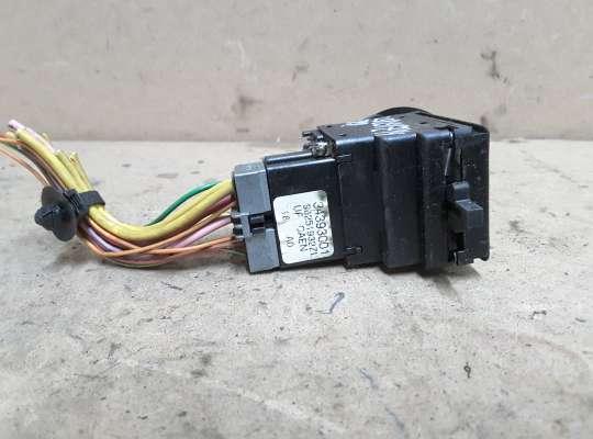 купить Переключатель поворотов и света на Citroen Xsara (N1)
