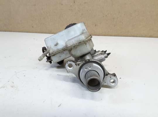 купить Главный тормозной цилиндр (ГТЦ) на Opel Zafira B