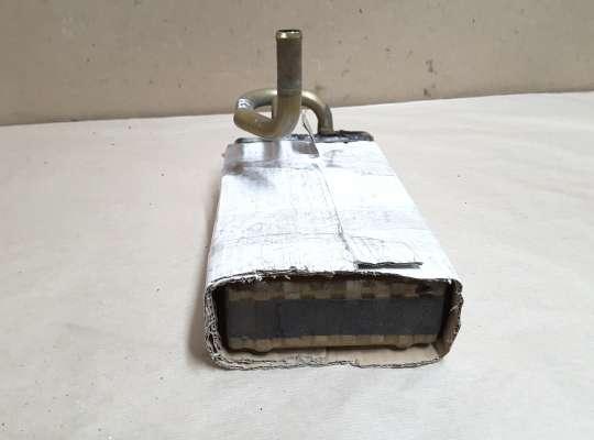 купить Радиатор отопителя (печки) на Honda Accord V  (CC7, CD, CE, CF)