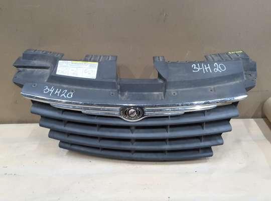 Решетка радиатора на Chrysler Voyager IV (RG)