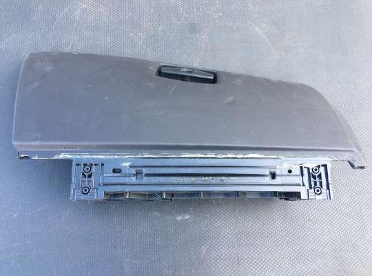 купить Бардачок (вещевой ящик) на BMW 5 (E60/E61)