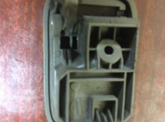 купить Ручка двери внутренняя на Mazda 323 (BA) 323C/ 323F/ 323S/ 323P