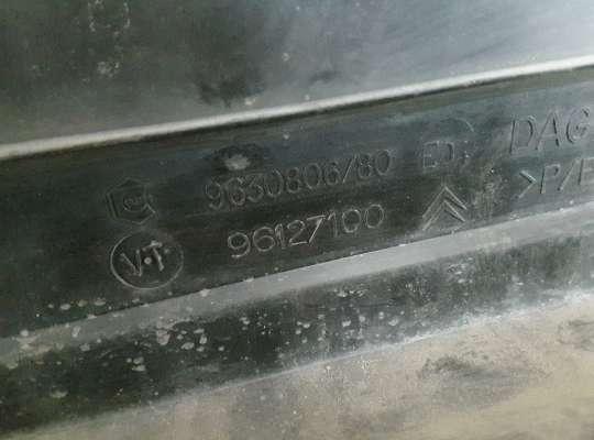 купить Накладка под лобовым стеклом на Citroen Xsara (N1)