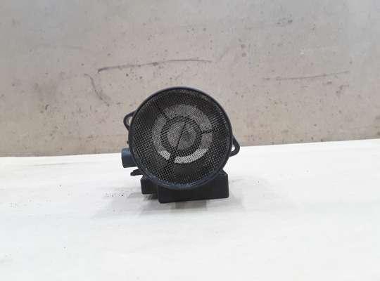 Датчик расхода воздуха (ДМРВ) на Volkswagen Polo Mk3 (6N/6KV)