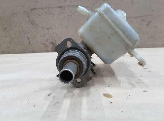 купить Главный тормозной цилиндр (ГТЦ) на Skoda Fabia II (5J)