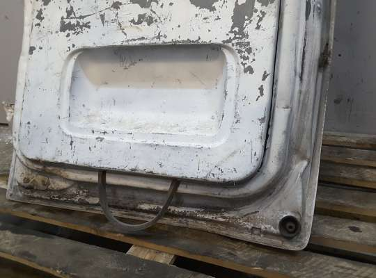 купить Дверь багажника распашная на Opel Vivaro