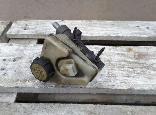 купить Главный тормозной цилиндр (ГТЦ) на Ford Mondeo I
