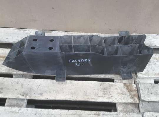 купить Усилитель бампера на Peugeot 206