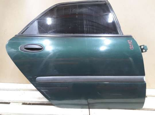 купить Дверь боковая на Renault Laguna I