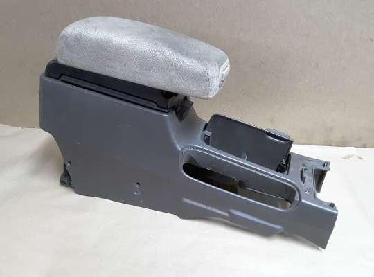 купить Подлокотник на Nissan Almera II N16