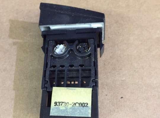 купить Кнопка выключения противотуманных фар на Hyundai Coupe / Tiburon II (GK)