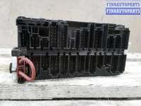 купить Блок предохранителей на Volkswagen Passat B3 (35i)