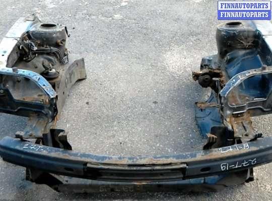 Панель передняя (телевизор) на Hyundai Coupe / Tiburon II (GK)