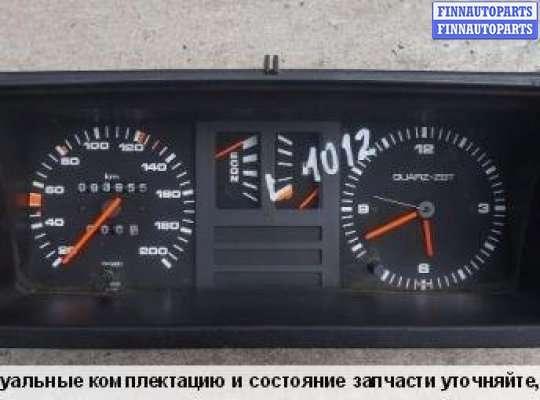 Щиток приборов на Audi 80 (B2)
