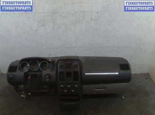 Панель передняя салона (Торпедо) на Dodge Grand Caravan V (RT)