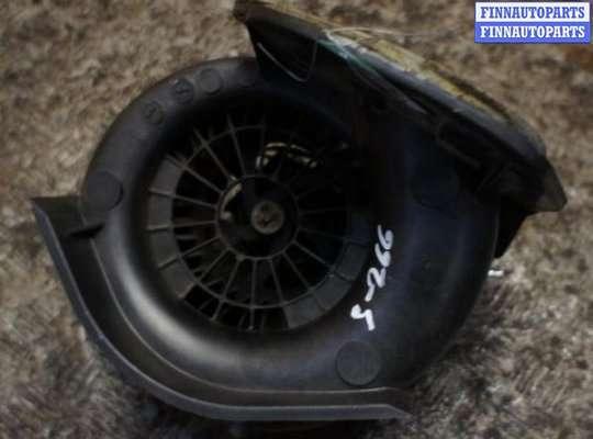 Мотор отопителя (печки) на Renault Clio I