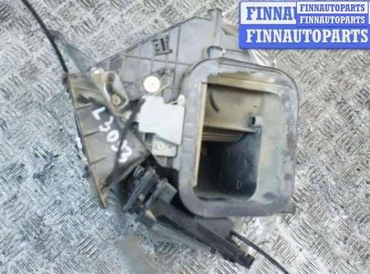 Мотор отопителя (печки) на Nissan Terrano I WD21