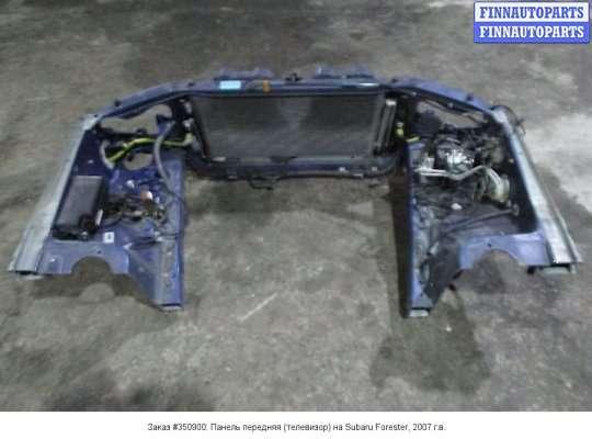 Панель передняя (телевизор) на Subaru Forester SG