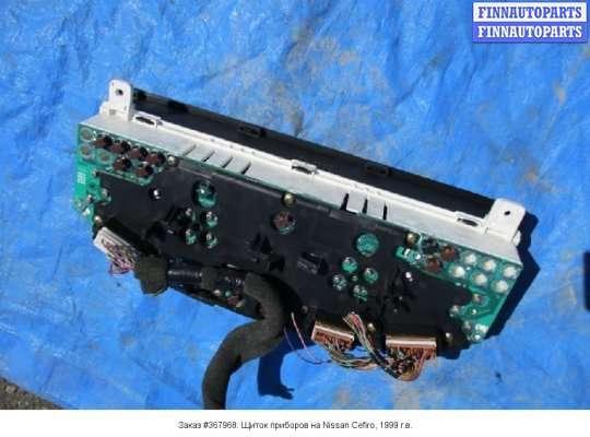 Щиток приборов на Nissan Cefiro 33
