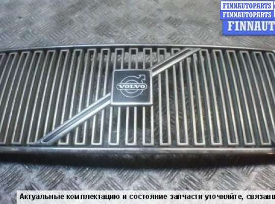 Решетка радиатора на Volvo 940 944