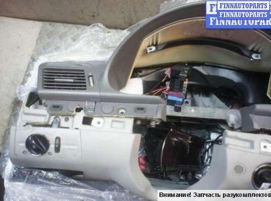 Панель передняя салона (Торпедо) на Mercedes-Benz E W211