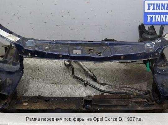 Панель передняя (телевизор) на Opel Corsa B