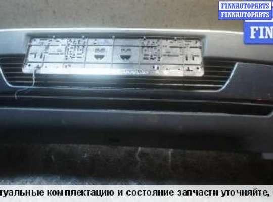 Бампер передний на Peugeot 405