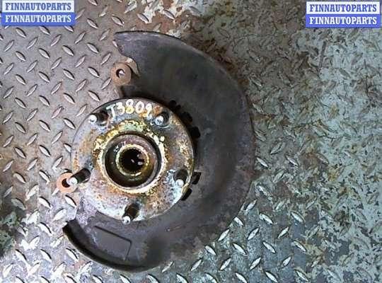 Кулак подвески на Toyota RAV4 II
