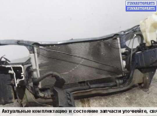 Панель передняя (телевизор) на Nissan Almera II N16