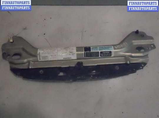 Рамка капота (верхняя планка) на Chrysler Cirrus/Stratus JA