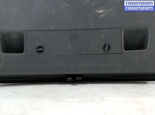 Крышка багажника на Volkswagen Touran