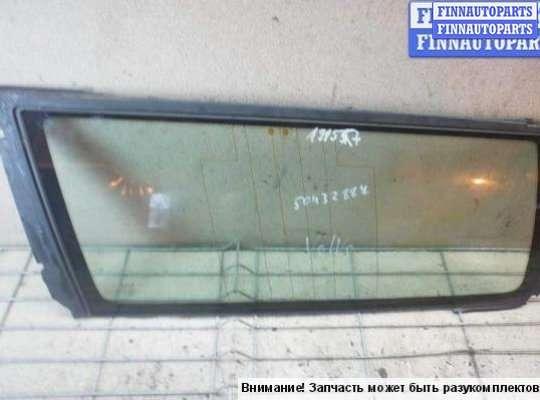 Стекло боковое двери на Volvo V70 II