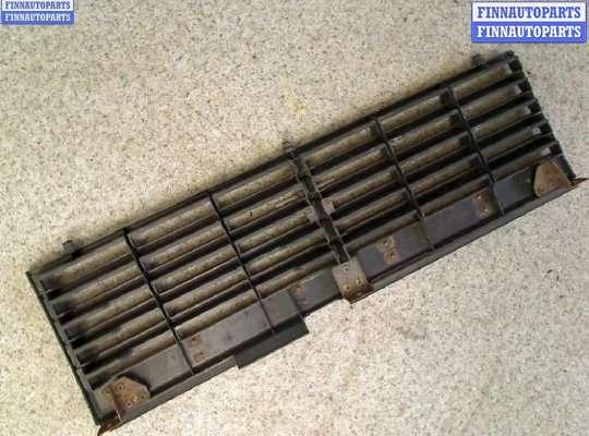 Решетка радиатора на Mitsubishi Pajero I