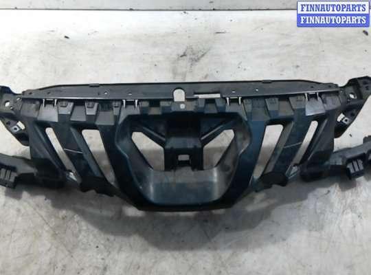 Панель передняя (телевизор) на Peugeot 308