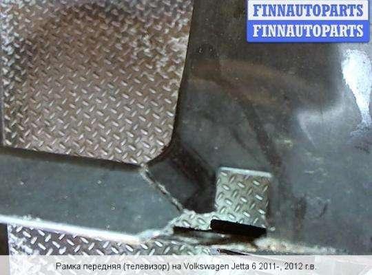 Панель передняя (телевизор) на Volkswagen Jetta VI (1B)